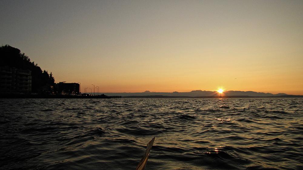 Seattle-Kayak-sunset
