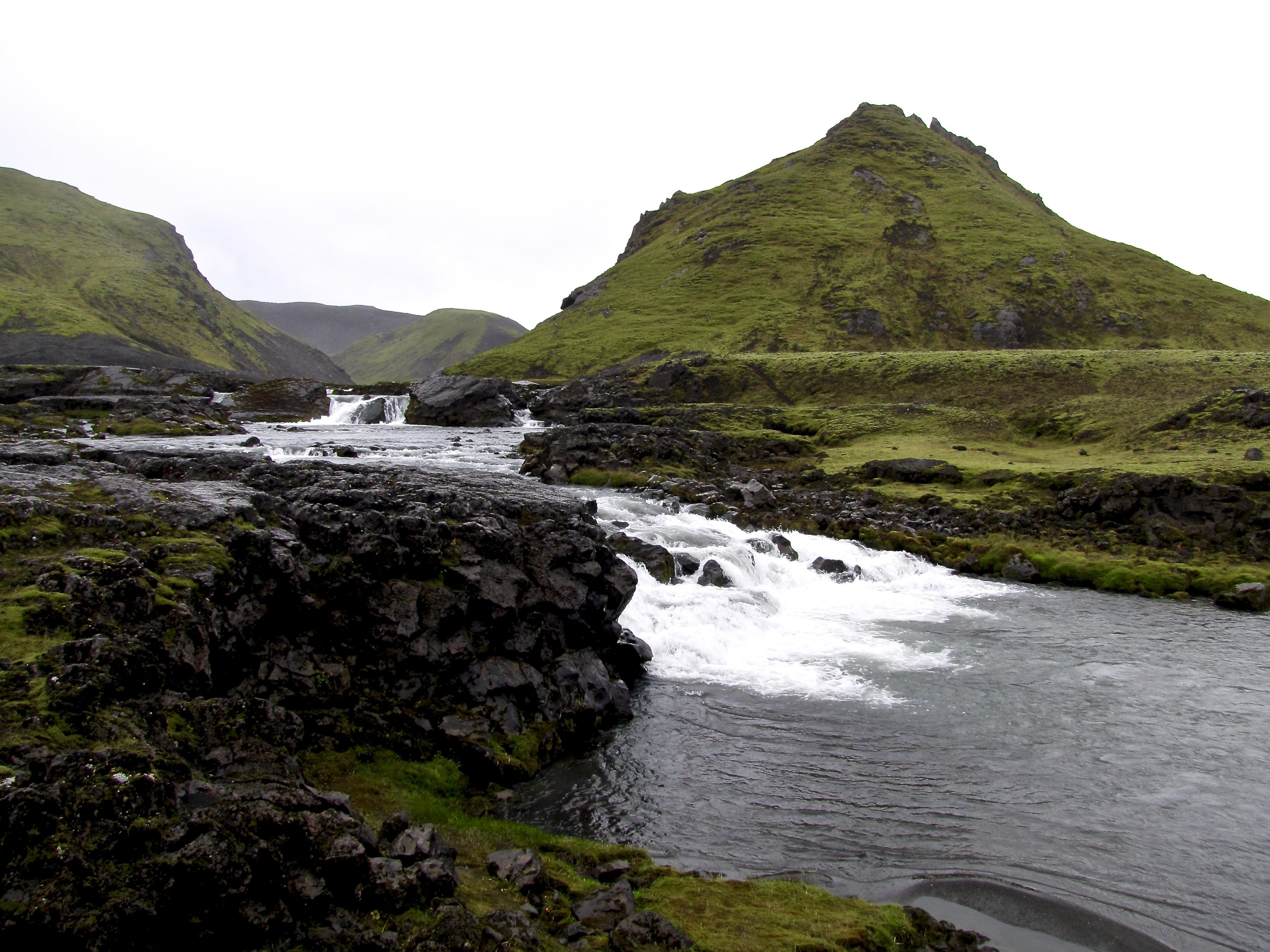 Laugavegur Trail (Iceland) 8